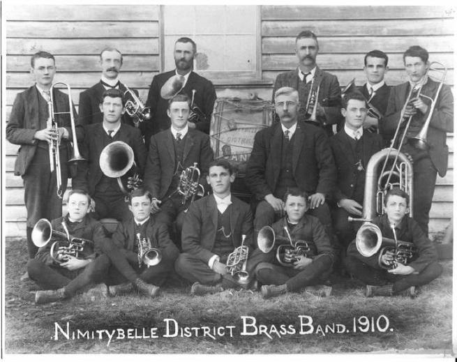 19100000_Nimitybelle-District-Band