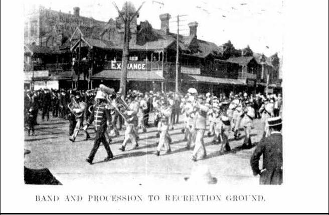 19111010_Kalgoorlie-Western-Argus_Competition-Procession