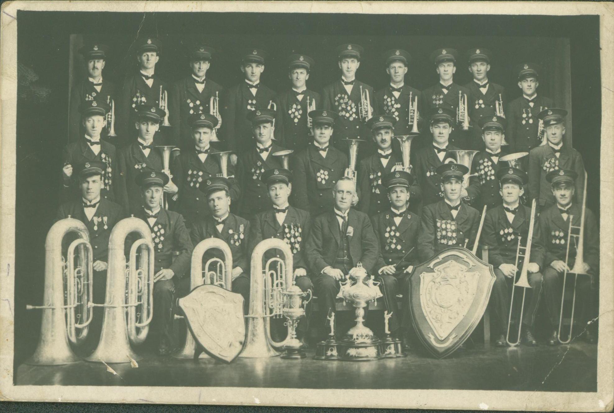 19211216_Malvern-Tramways-Band_Postcard
