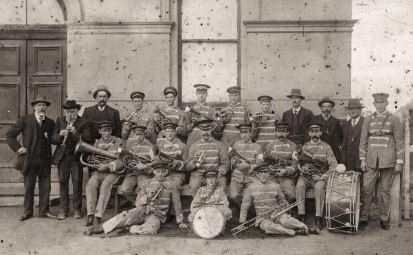 19060000_Wunghnu-Brass-Band_phot14255