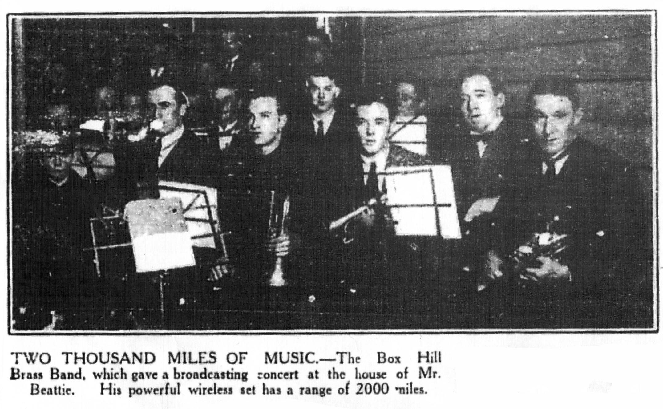 19230800_Box-Hill-Band_Radio-Studio