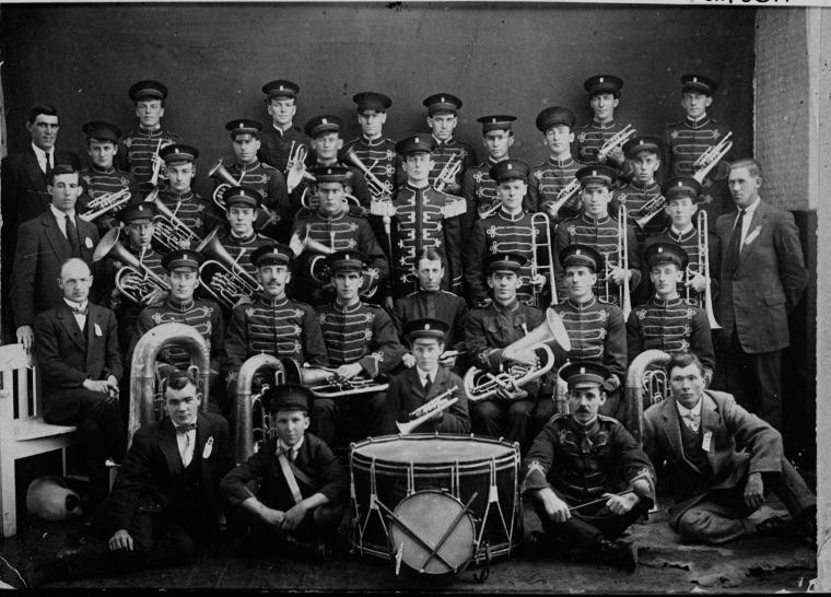 19210000_Collie-Brass-Band_slwa_b3507727_1